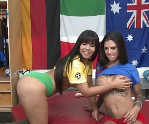 Bonnie Rotten and Rose Monroe