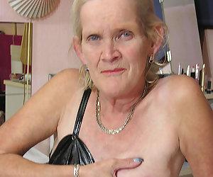 horny dutch mature slut showing her soaking wet cunt
