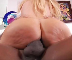 Summer Brielle riding monster cock of Mandino