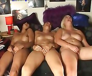 Girls masturbating together Compilation