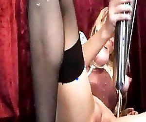 Bizarre vaginal gaping with XXL horse speculum