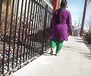 Big Booty Indian Women ' Operz '
