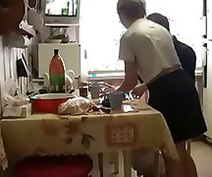 RUSSIAN HOMEMADE - STEPdaughter AND NOT her STEPfather SEX