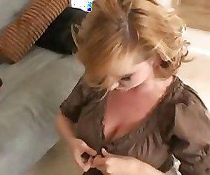 VIOLET ADAMSON is a Super Mom