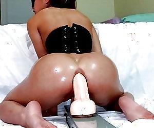 Corset Grind Slow & Sexy