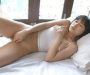 KITAMI Yumi self oil massage