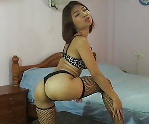 Tiny Asian Spinner Skype Model Keymoonasian